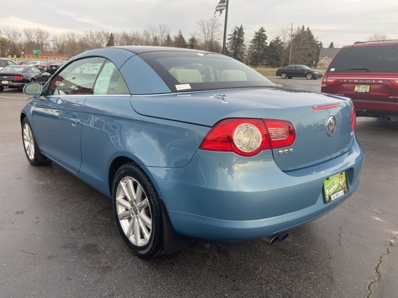 Volkswagen Eos 2008 price $8,995