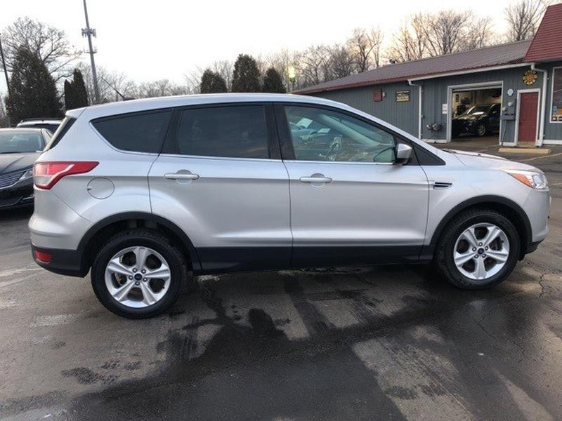 Ford Escape 2015 price $12,998