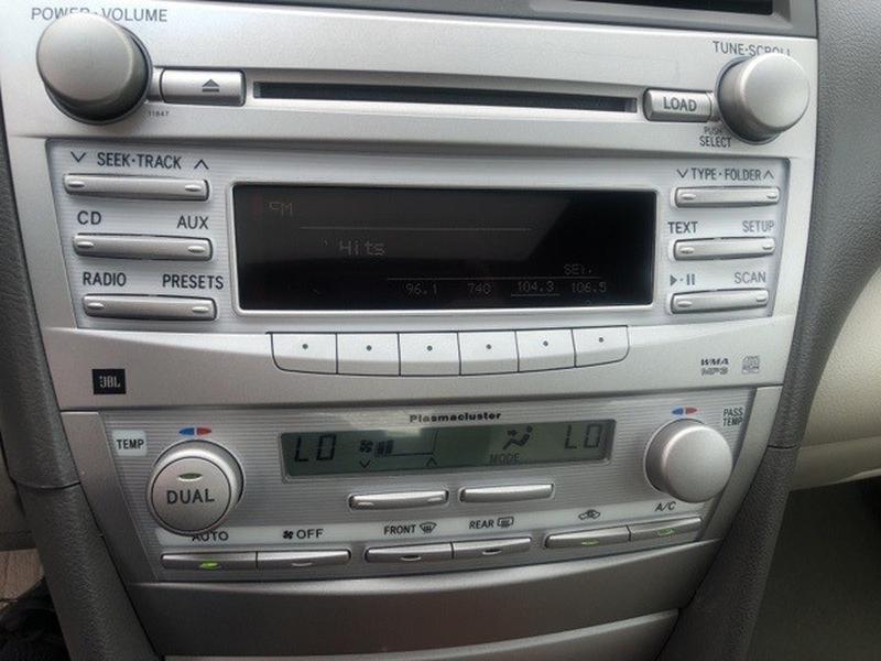 Toyota Camry 2011 price $10,937