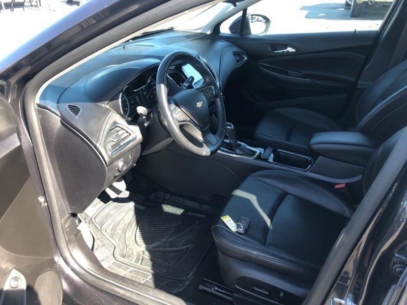 Chevrolet Cruze 2017 price $15,995