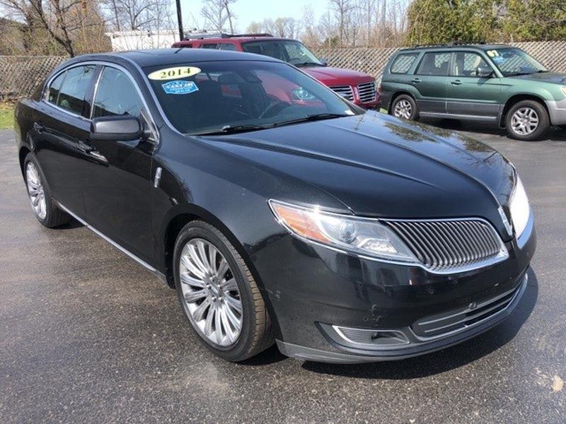 Lincoln MKS 2014 price $13,555