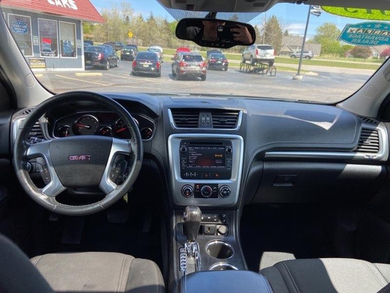 GMC Acadia 2015 price $16,995