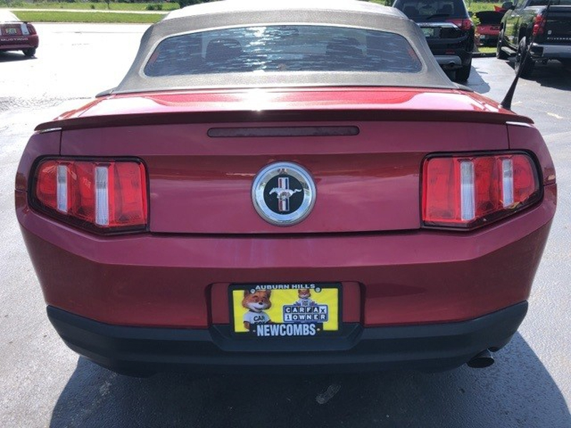 Ford Mustang 2010 price $11,000