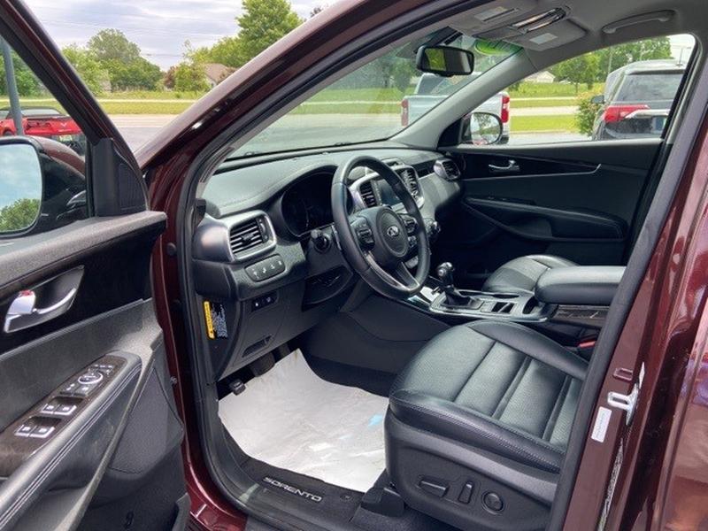 Kia Sorento 2017 price $24,995