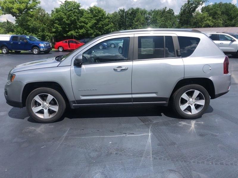 Jeep Compass 2017 price $18,995