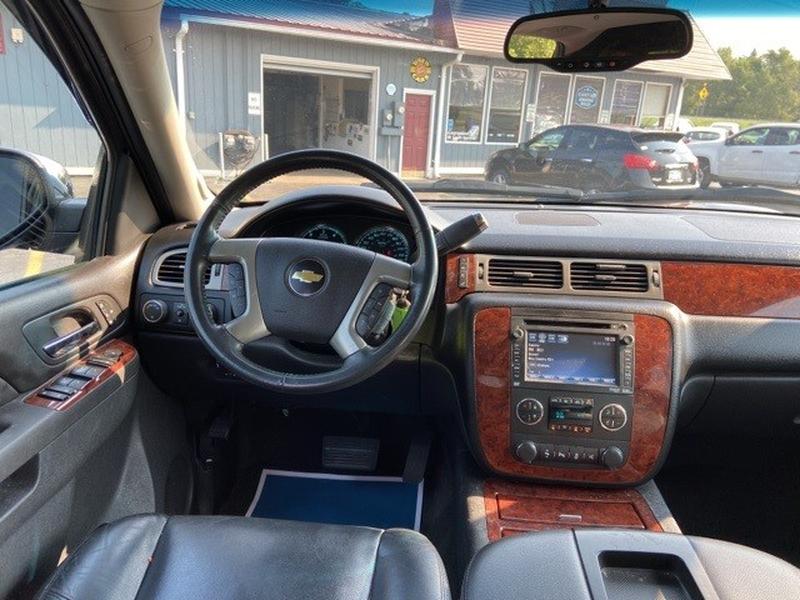 Chevrolet Avalanche 1500 2013 price $15,000
