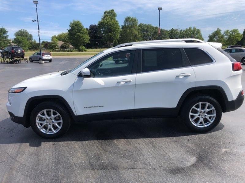 Jeep Cherokee 2016 price $21,000