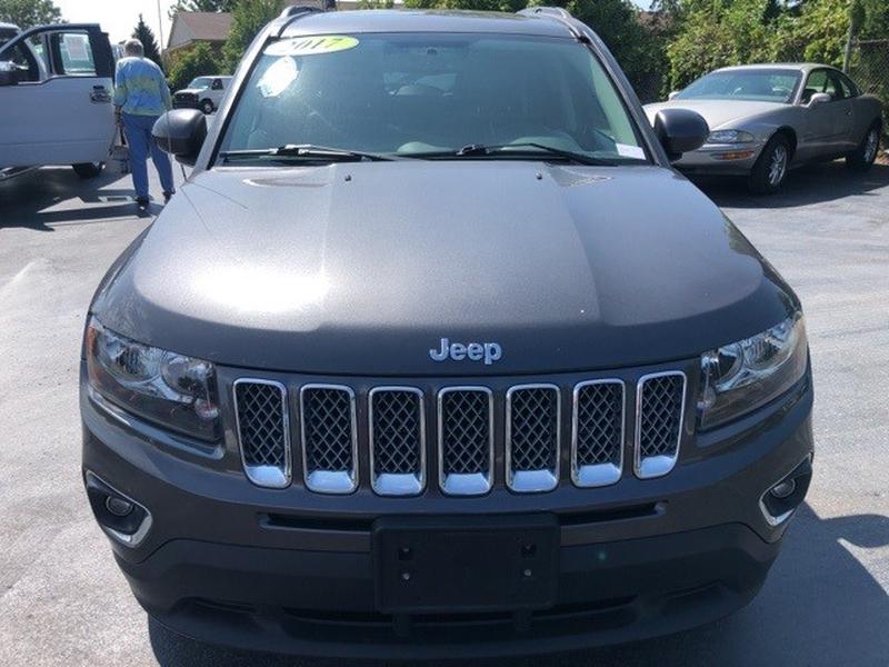 Jeep Compass 2017 price $17,995