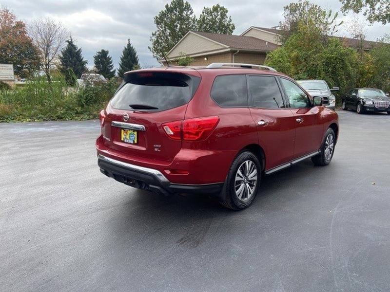 Nissan Pathfinder 2017 price $22,500
