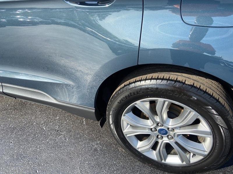 Ford Edge 2019 price $28,995
