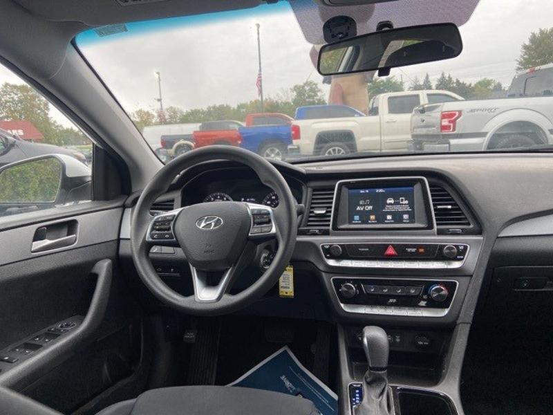 Hyundai Sonata 2018 price $18,995
