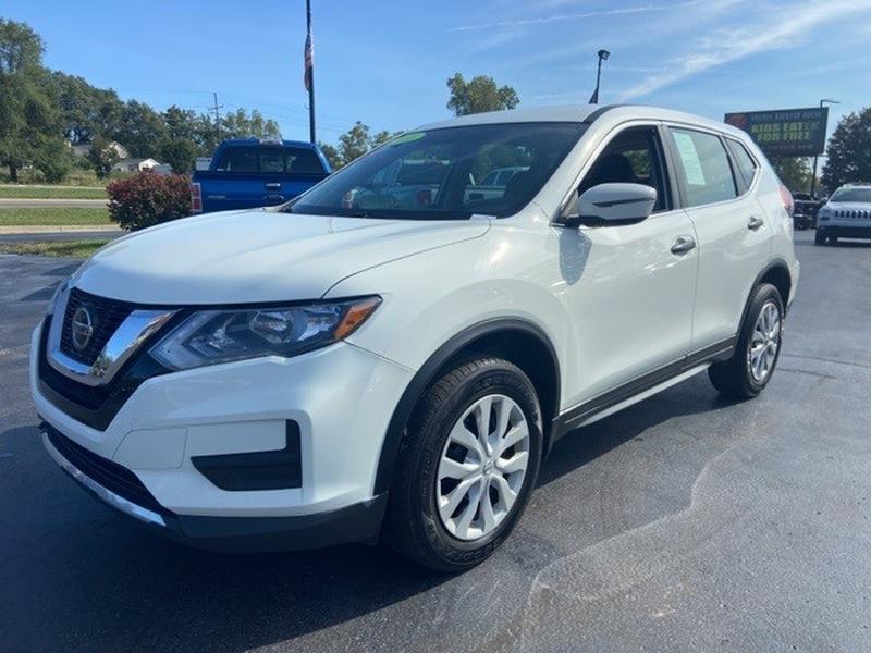 Nissan Rogue 2018 price $19,700