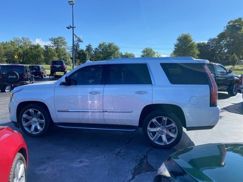 Cadillac Escalade 2016 price $43,000