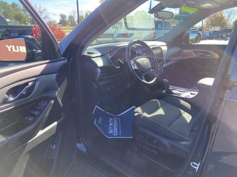 Chevrolet Traverse 2019 price $33,000