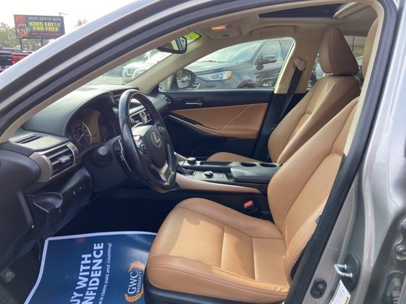 Lexus IS 2016 price $31,000