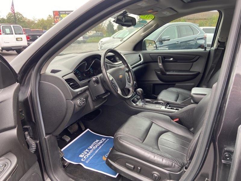 Chevrolet Traverse 2017 price $28,995
