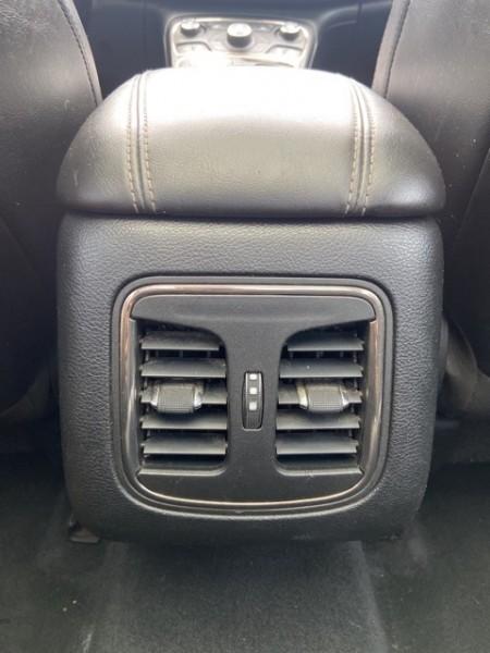 Chrysler 200 2015 price $14,200