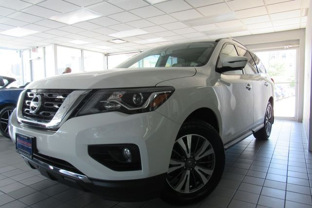 Nissan Pathfinder 2017 price Call for Pricing.