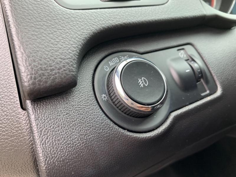 Buick Regal 2011 price $5,995