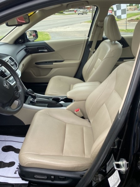 Honda Accord Sdn 2013 price $11,900