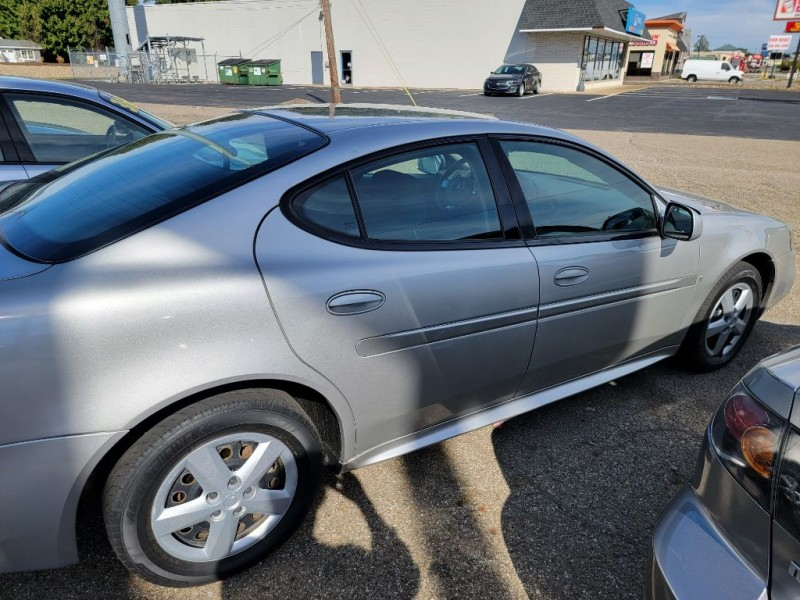 Pontiac GRAND PRIX 2006 price 3900