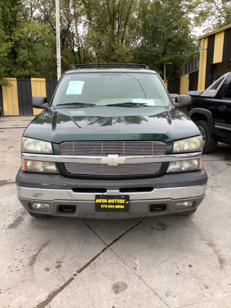 CHEVROLET AVALANCHE 2004 price $1,525 Down