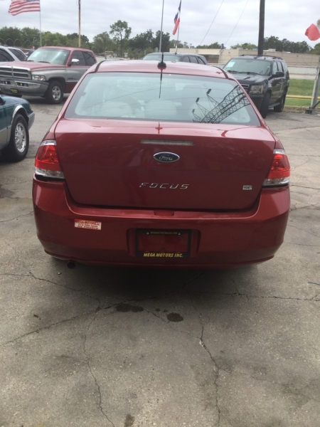 FORD FOCUS 2010 price $700 Down