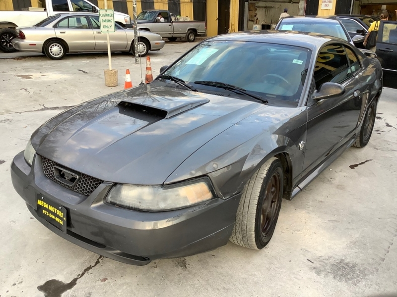 FORD MUSTANG 2004 price $700 Down