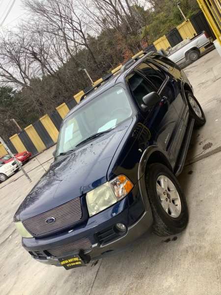 FORD EXPLORER 2004 price $825 Down
