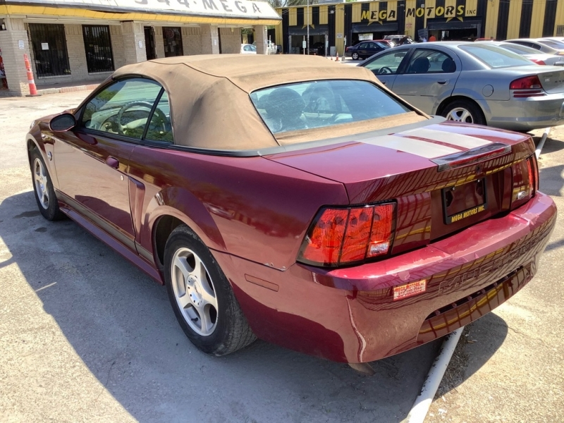 FORD MUSTANG 2004 price $1,200 Down