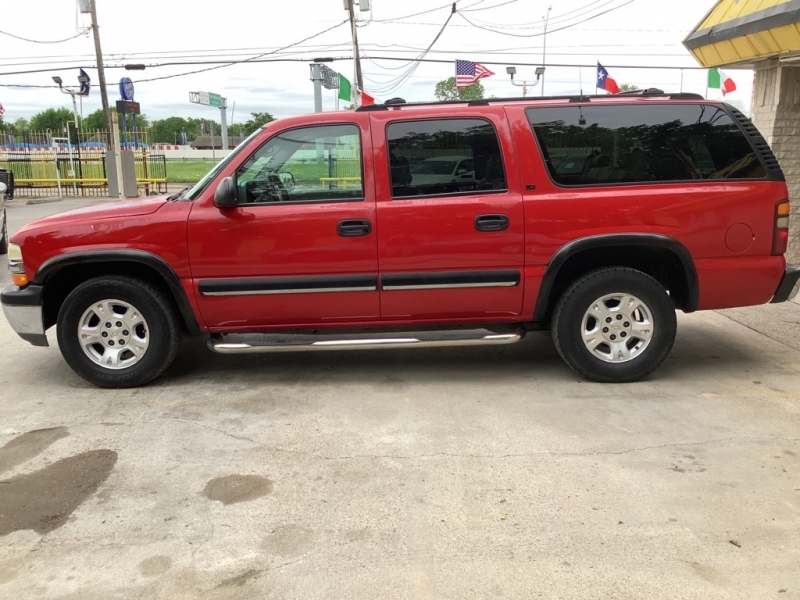 CHEVROLET SUBURBAN 2001 price $1,000 Down