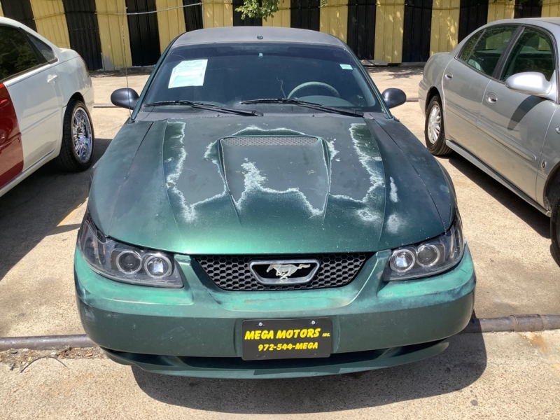 FORD MUSTANG 2001 price $600