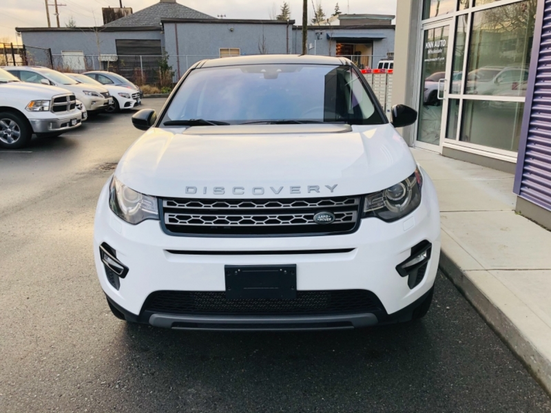 Land Rover Discovery Sport 2017 price $29,000