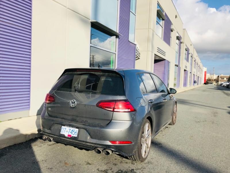 Volkswagen Golf R 2018 price $39,800