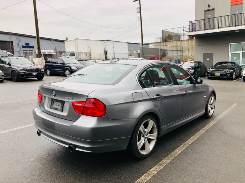BMW 3-Series 2010 price $12,800