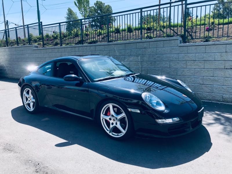 Porsche 911 Carrera S 2005 price $59,800
