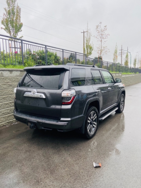 Toyota 4Runner 2018 price $55,000