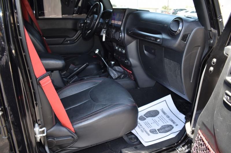 Jeep Wrangler Unlimited 2017 price $29,999