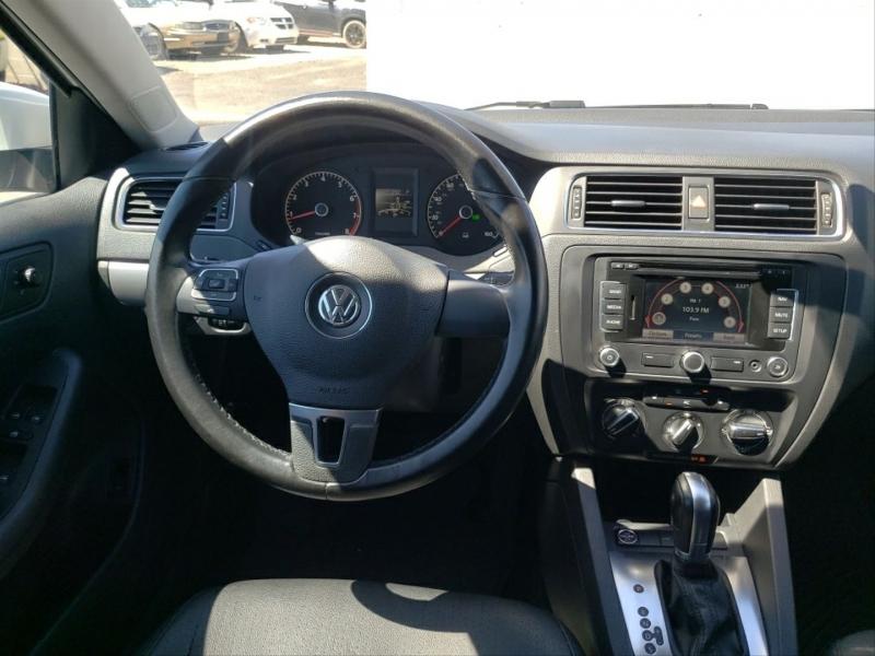 Volkswagen Jetta 2011 price $8,695