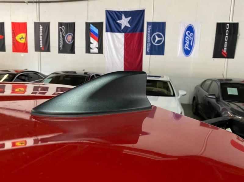 Toyota Tacoma 2018 price $32,995