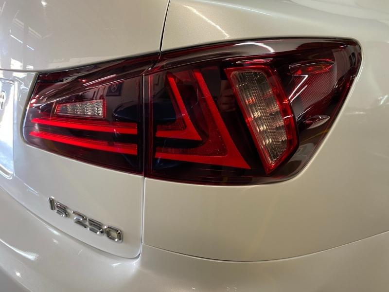 Lexus IS 250 2012 price $14,445
