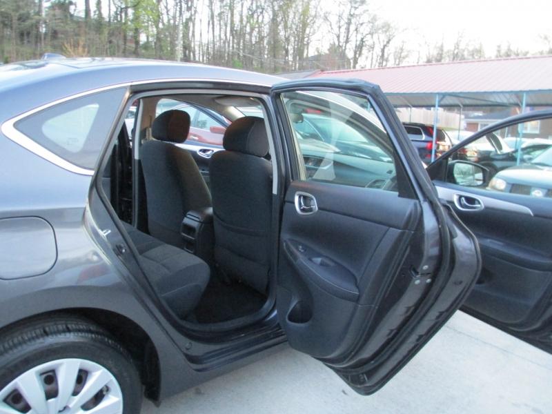Nissan Sentra 2015 price $6,400