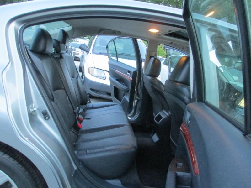 Subaru Legacy 2010 price $4,995