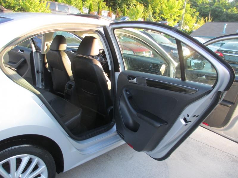 Volkswagen Jetta Sedan 2016 price $8,995