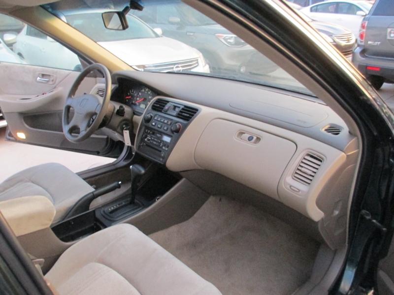 Honda Accord Sdn 2000 price $4,500