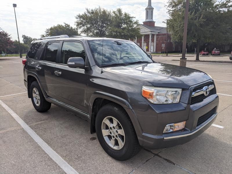Toyota 4Runner 2013 price $15,700