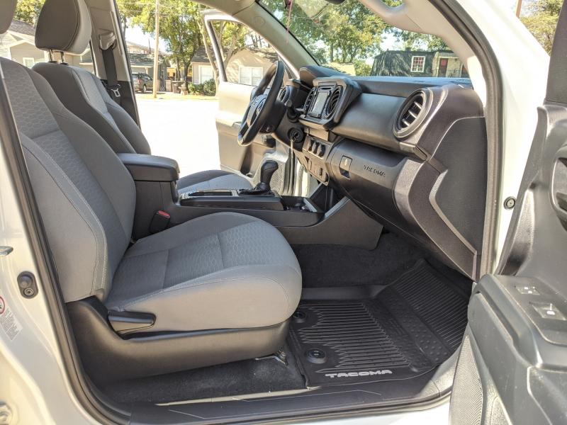 Toyota Tacoma 2WD 2019 price $28,500