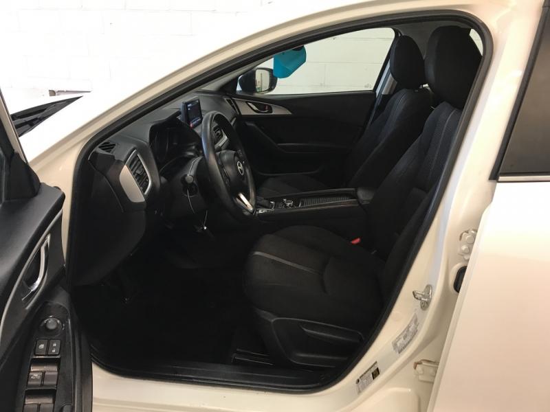 Mazda Mazda3 4-Door 2018 price $12,700