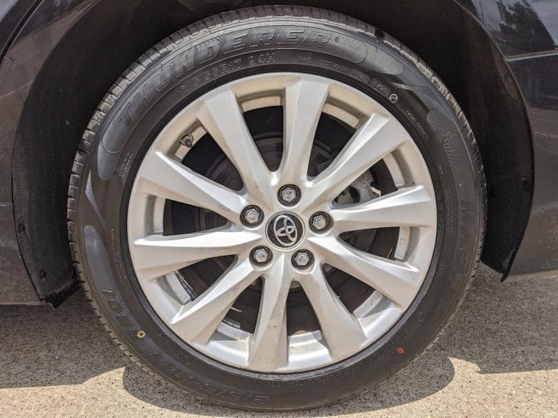 Toyota Camry 2018 price $19,500