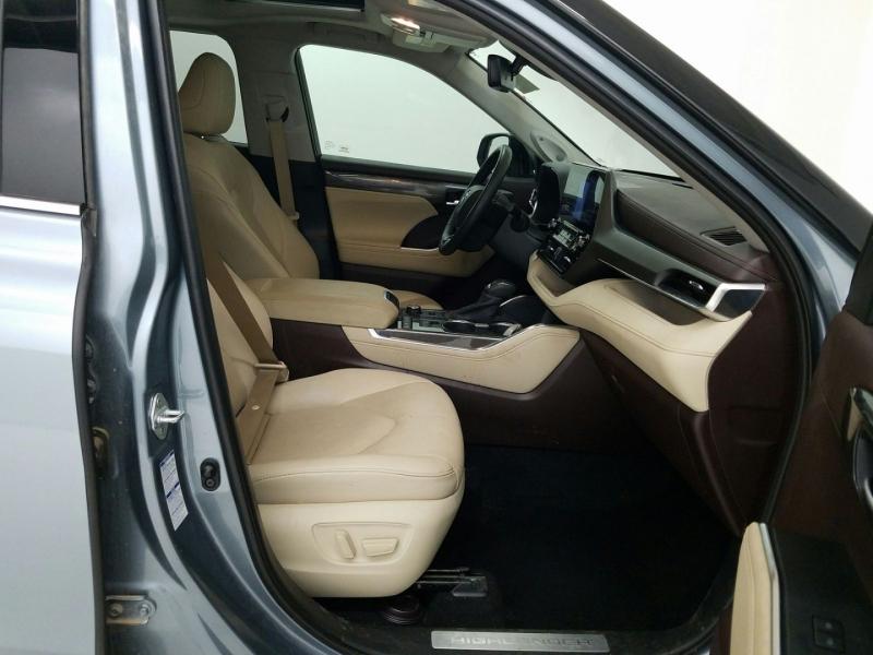 Toyota Highlander 2020 price $43,900